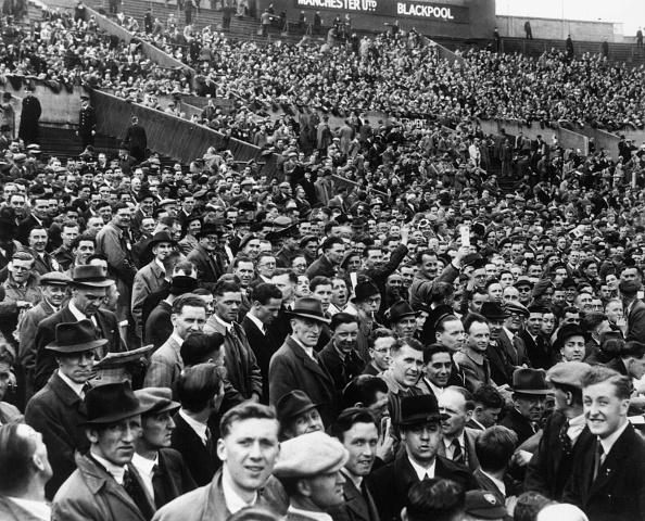 1940-1949「The Cup Crowd」:写真・画像(6)[壁紙.com]