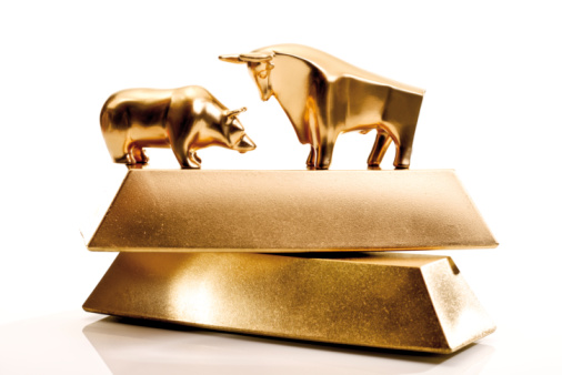 Males「Bull and bear sculptures by gold bars」:スマホ壁紙(6)