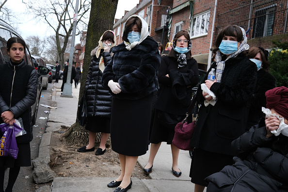 Brooklyn - New York「Coronavirus Pandemic Causes Climate Of Anxiety And Changing Routines In America」:写真・画像(15)[壁紙.com]