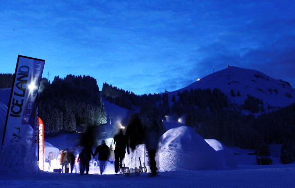 Igloo「Alpeniglu Village - A Village Build Of Snow And Ice」:写真・画像(16)[壁紙.com]