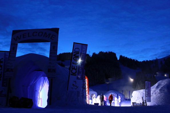 Igloo「Alpeniglu Village - A Village Build Of Snow And Ice」:写真・画像(14)[壁紙.com]