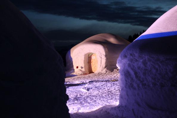 Igloo「Alpeniglu Village - A Village Build Of Snow And Ice」:写真・画像(11)[壁紙.com]