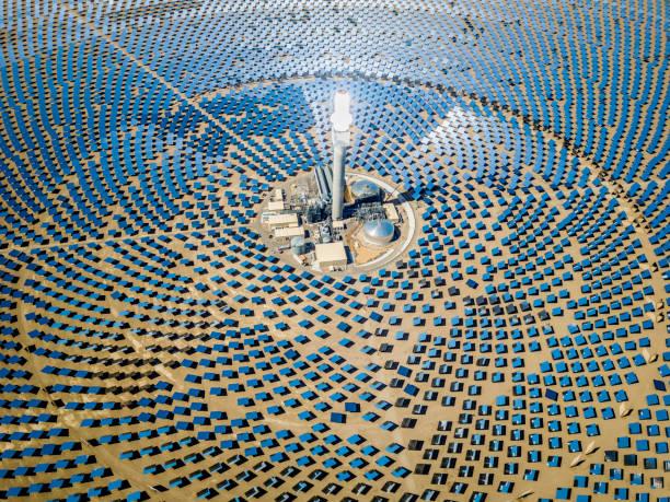 Solar Thermal Power Plant Station Aerial View:スマホ壁紙(壁紙.com)