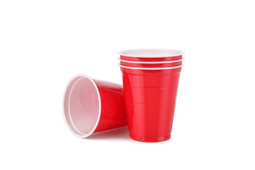 Disposable Cup「Red Plastic Disposable Cups with Clipping Path」:スマホ壁紙(8)