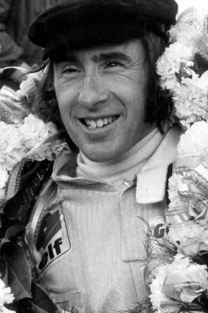 Jackie Stewart - Race Car Driver「Jackie Stewart At Grand Prix Of Great Britain」:写真・画像(5)[壁紙.com]