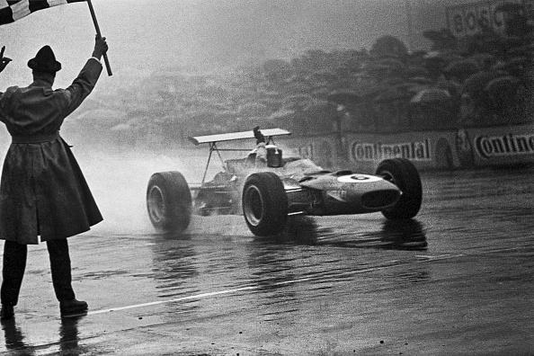 Jackie Stewart - Race Car Driver「Jackie Stewart At Grand Prix Of Germany」:写真・画像(14)[壁紙.com]