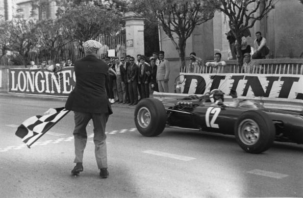 Victor Blackman「Grand Prix」:写真・画像(7)[壁紙.com]