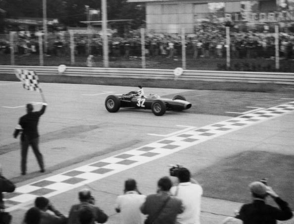 Sports Track「Jackie Stewart Victory」:写真・画像(2)[壁紙.com]