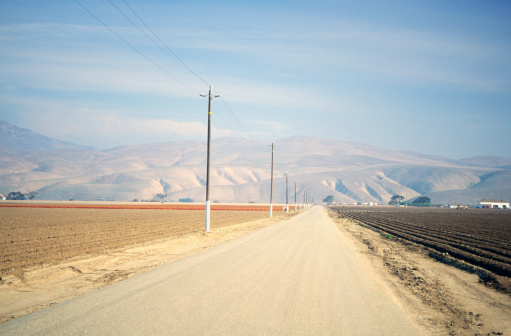 Electricity Pylon「Electricity pylons along the highway, USA」:スマホ壁紙(12)