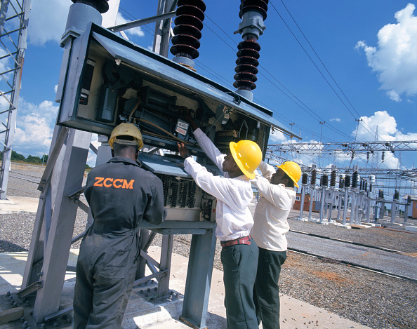 Electricity「Electricity sub-station, Zambia」:写真・画像(16)[壁紙.com]