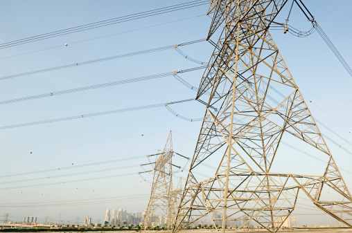 Electricity Pylon「Electricity pylons outside Dubai」:スマホ壁紙(8)