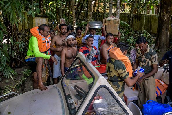 Atul Loke「Floods Hit Southern Indian State of Kerala」:写真・画像(7)[壁紙.com]