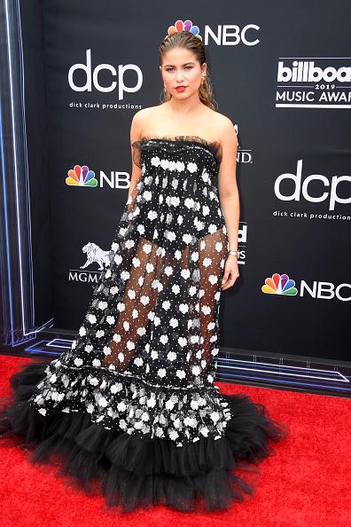 Strapless Dress「2019 Billboard Music Awards - Arrivals」:写真・画像(17)[壁紙.com]