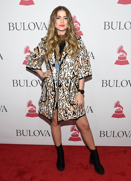 Sofia Reyes - Singer「2017 Person of the Year Gala Honoring Alejandro Sanz - Bulova Best New Artist Gifting」:写真・画像(0)[壁紙.com]