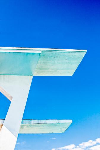 Diving Platform「High diving boards against a blue sky」:スマホ壁紙(16)