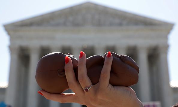 Law「Supreme Court Strikes Down Restrictive Louisiana Abortion Law」:写真・画像(19)[壁紙.com]