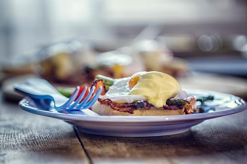 Toasted Food「Egg Benedict For Breakfast」:スマホ壁紙(5)