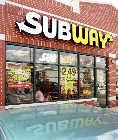 Restaurant「Subway Restaurants Discontinue Coupon Promotion Due To Fraud」:写真・画像(8)[壁紙.com]