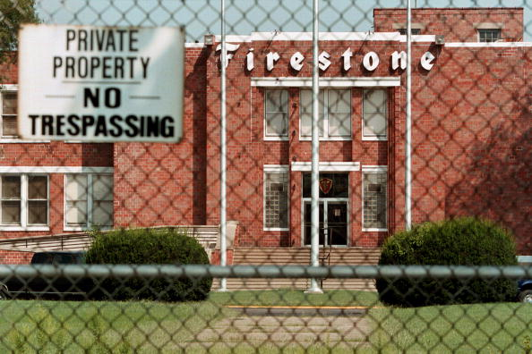 Tim Boyle「Firestone is in the midst of a massive tire recall」:写真・画像(16)[壁紙.com]