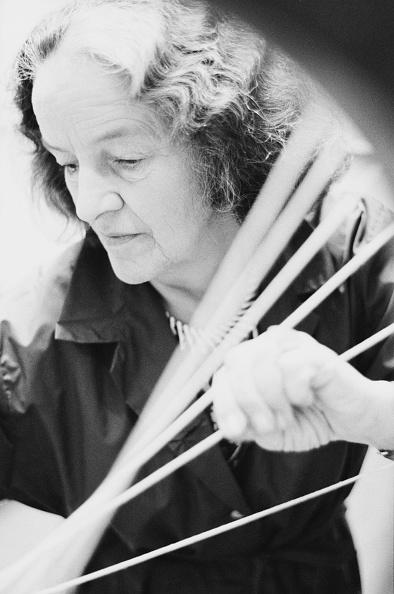 String「Barbara Hepworth」:写真・画像(4)[壁紙.com]