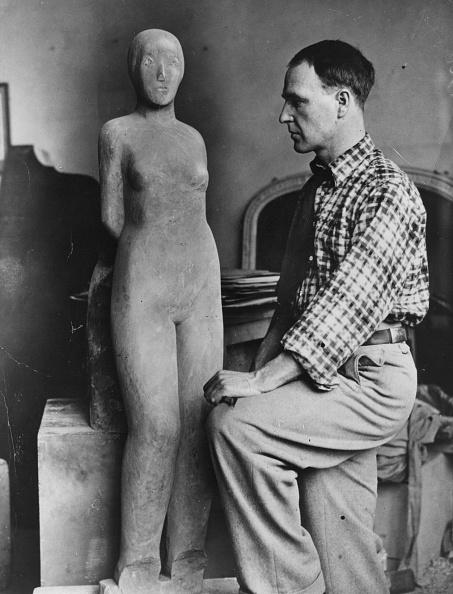 Sculpture「Sculptor And Figure」:写真・画像(17)[壁紙.com]