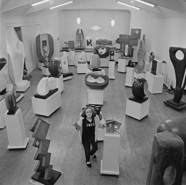 Large Group Of Objects「Barbara Hepworth」:写真・画像(17)[壁紙.com]