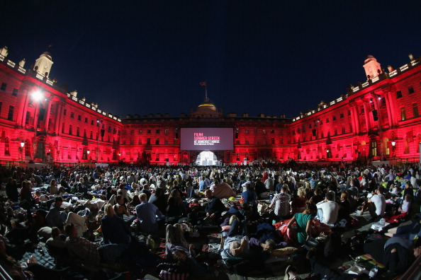 映画のスクリーニング「Sold Out Open-Air Cinema Season At Somerset House」:写真・画像(6)[壁紙.com]
