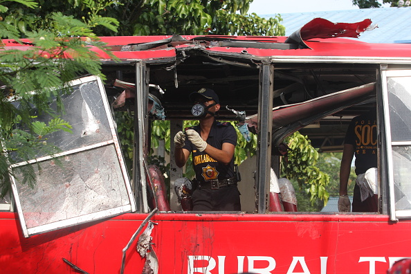 Homemade「Philippine Bus Blast Kills Nine」:写真・画像(2)[壁紙.com]