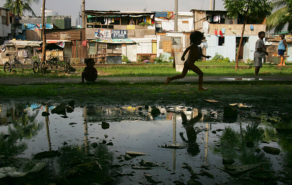 Paula Bronstein「Poverty, Corruption, Unemployment and Overpopulation Help Cause Instability In Philippines」:写真・画像(5)[壁紙.com]