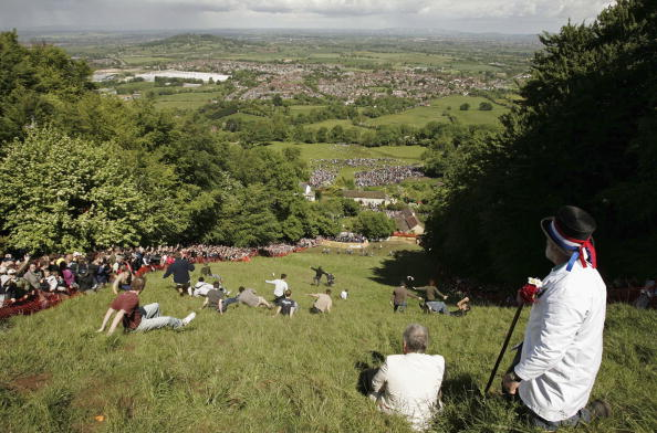 Gloucester - England「Bank Holiday Cheese Rolling Festival」:写真・画像(10)[壁紙.com]
