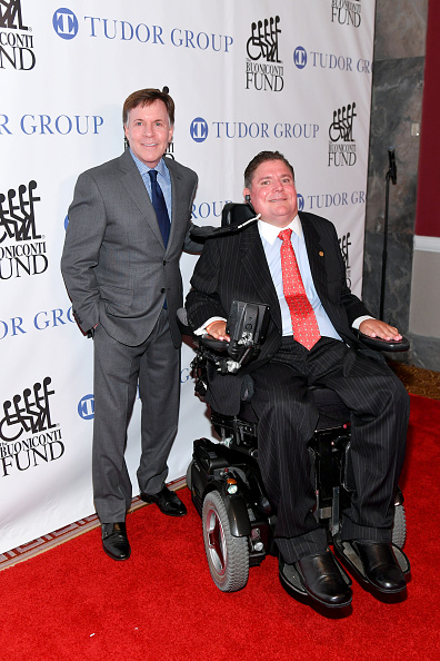 Great Sports Legends Dinner「33rd Annual Great Sports Legends Dinner To Benefit The Buoniconti Fund To Cure Paralysis - Arrivals」:写真・画像(9)[壁紙.com]