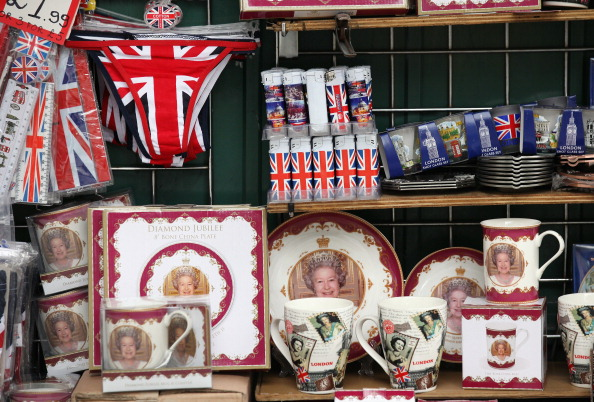 Souvenir「London Prepares For The Diamond Jubilee」:写真・画像(1)[壁紙.com]