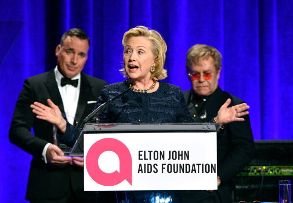 Larry Busacca「Elton John AIDS Foundation's 12th Annual An Enduring Vision Benefit - Show」:写真・画像(18)[壁紙.com]