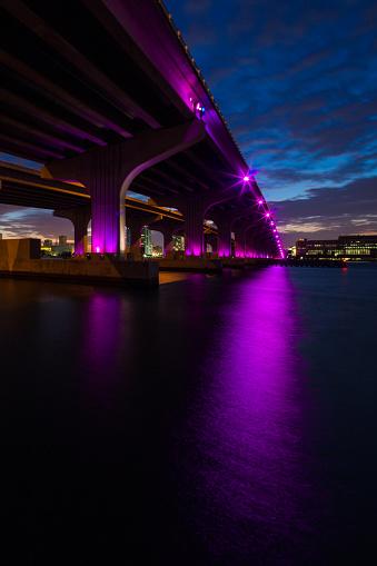 Miami Beach「マイアミのマッカーサー ・ コーズウェイ ブリッジ」:スマホ壁紙(5)
