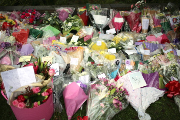 Bouquet「Police Officers Killed While Responding To Burglary Call In Manchester」:写真・画像(9)[壁紙.com]