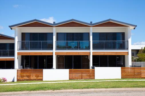 Queensland「Small Basic Apartment Building」:スマホ壁紙(13)