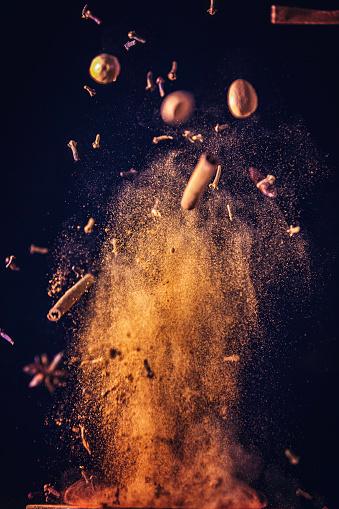 Ginger - Spice「Winter Spice Mix Food Explosion」:スマホ壁紙(11)