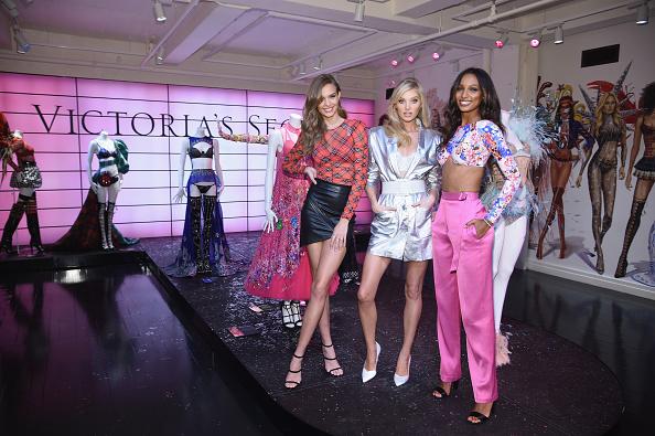 Fashion show「Victoria's Secret Shop The Show Event」:写真・画像(0)[壁紙.com]