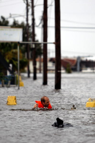 Hurricane Ike「Gulf Coast Prepares For Hurricane Ike」:写真・画像(18)[壁紙.com]