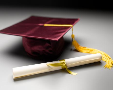 卒業「Mortarboard and Diploma」:スマホ壁紙(17)
