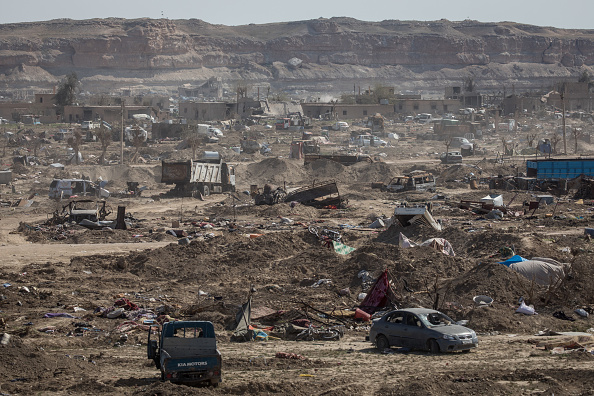 Damaged「Last ISIS-Held Village In Syria Falls to US-Backed Forces」:写真・画像(11)[壁紙.com]