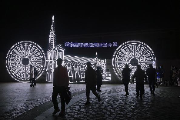 歩く「Christmas Celebrations In China」:写真・画像(17)[壁紙.com]