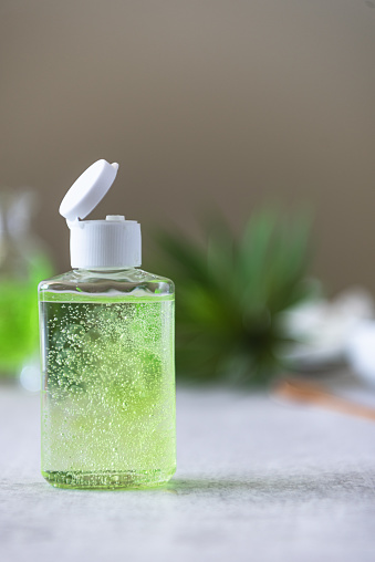 Bottle「Bottle of homemade hand sanitizer in bottles and ingredients」:スマホ壁紙(19)