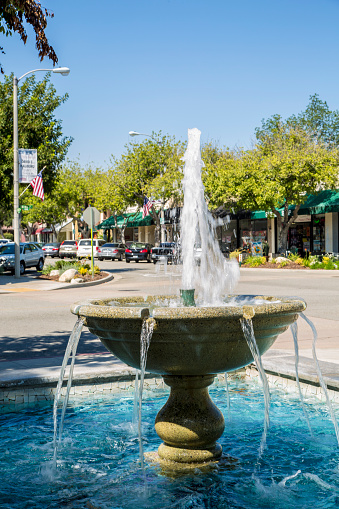 スクエア「Fountain in Old Town La Verne」:スマホ壁紙(13)