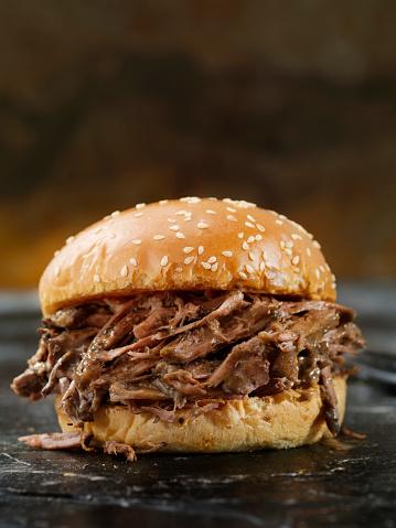 Personal Perspective「Braised Beef Short Rib Sandwich on a Brioche Bun」:スマホ壁紙(13)