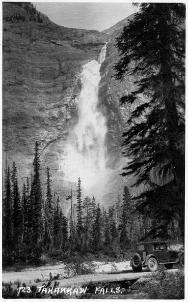 Yoho National Park「Takakkaw Falls」:写真・画像(1)[壁紙.com]