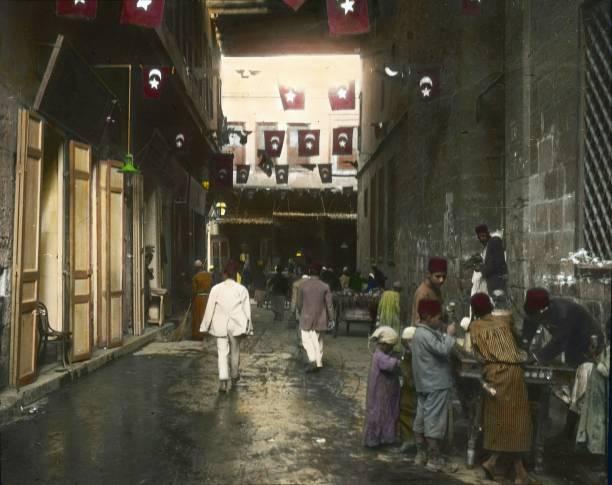 Street in Cairo. Egypt. Hand-colored lantern slide. Around 1910.:ニュース(壁紙.com)