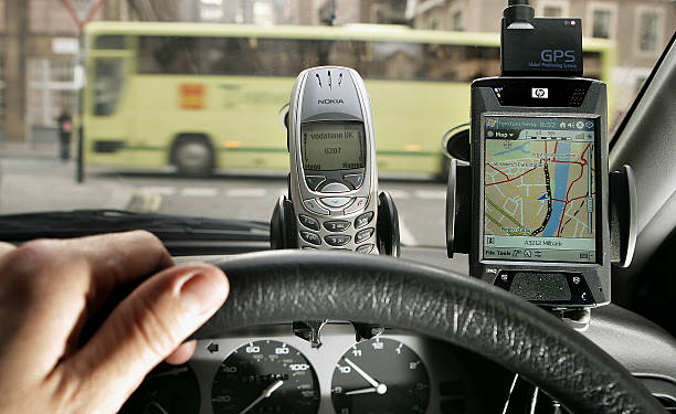 Report Reveals Motor Vehicle Gadgets Cause Accidents:ニュース(壁紙.com)
