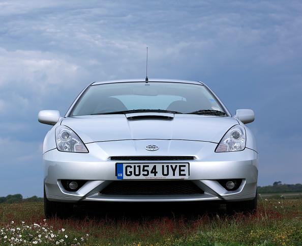 Grass「2004 Toyota Celica VVT-i」:写真・画像(14)[壁紙.com]