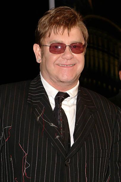 Elton John:ニュース(壁紙.com)